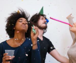 Brief: Einladung – Deutsch. 10.000 YouTube Abonnenten feiern Deutschparty