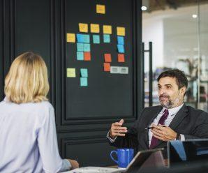 Auf der Bank – Deutsch lernen und sprechen für die Prüfung mit Dialog zur Situation